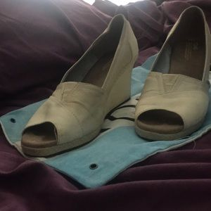 Tom Wedge shoes